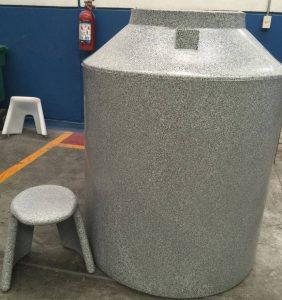 Polimeros Water Tank & Stool